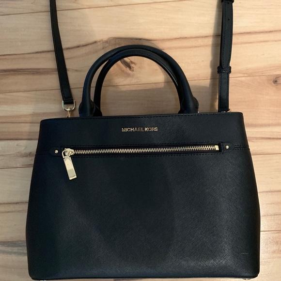 Michael Kors Handbags - Michael Kors Black Purse
